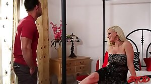 Smoking Hot MILF Holly Heart Drilled Hard