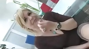 Kermis milf getting an anal creampie bbc