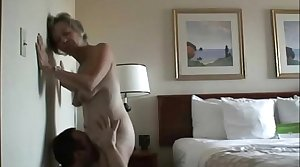 Hyperbolic sports jargon pulverize a horny mature pussy on cam