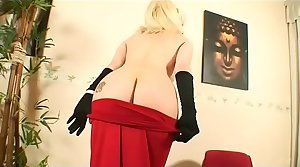 Hot mature blondie banged in the ass!