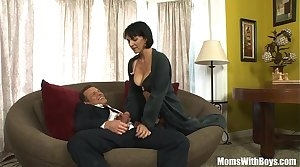 MILF Reporter Roxanne Hall Shacking up The Horny Concert-master