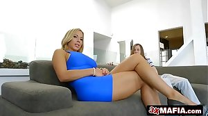 Gorgeous MILF Olivia Austin Fucks Young Wet blanket