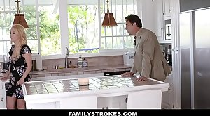 FamilyStrokes - Hot Mom Bails Son With respect to Fuck