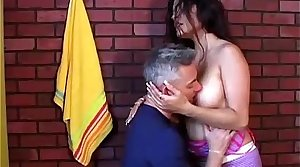 Spicy amateur latina MILF loves hither fuck