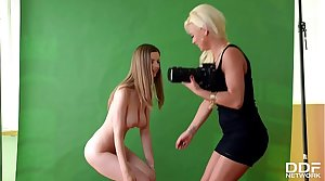 Blonde Milf Afrodity Casts chum around with annoy Young and Hot Stella Cox for Lesbo Action