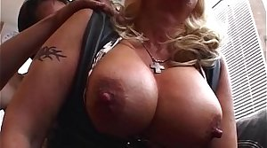 Big Boobed Grown-up Comme ci Housecall Sex Service