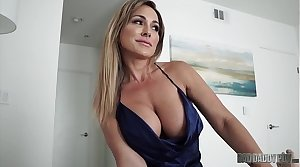 Hot Mom Aubrey Black Fucks Husband To the fullest Role Playing His Resolution Daughter