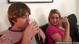 Get hitched watching him fucking her mom