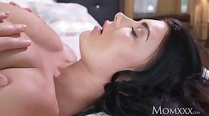 MOM Big natural tits pet face sedentary first of all older woman