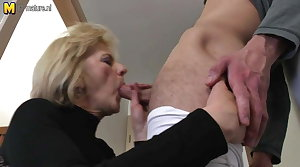 Marketable mature mom and tie the knot fucking her toy boy