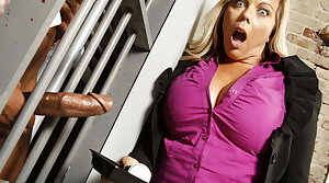 Amber Lynn Bach Fucks BBC Round Lock-up