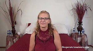 Casting Milf Shan, Desperate Amateurs