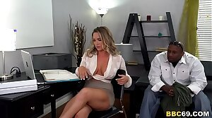 Body Guard Destroys Anal Battle-axe Cali Carter Pussy And Ass